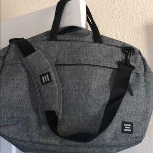 Herschel Sandford messenger bags